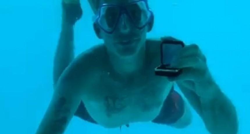 La trágica muerte del hombre que se ahogó cuando le proponía matrimonio a su novia bajo el agua