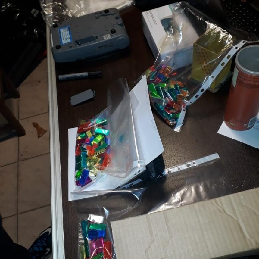 Secuestraron 400 dosis de cocaína y $90.000 en tres allanamientos en Neuquén