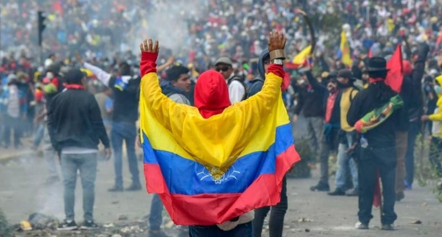 Ecuador: Intransigencia, toque de queda y represión