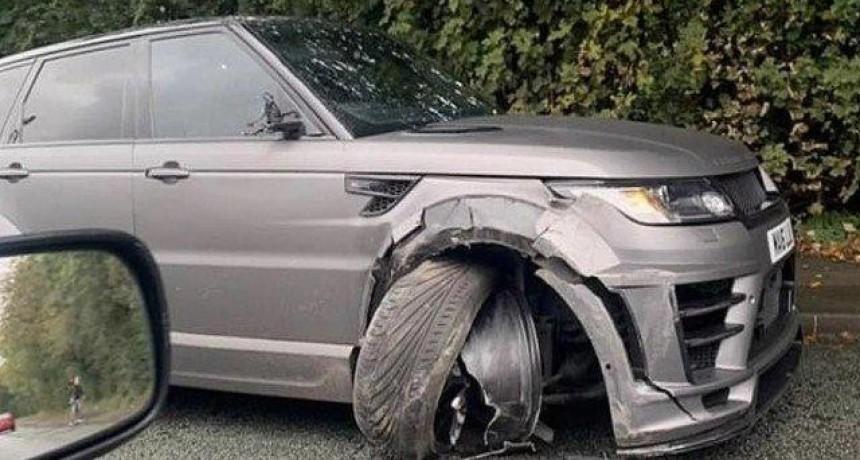 """El Kun Agüero chocó con su lujosa camioneta cuando iba a entrenar: """"Qué linda mañanita"""""""