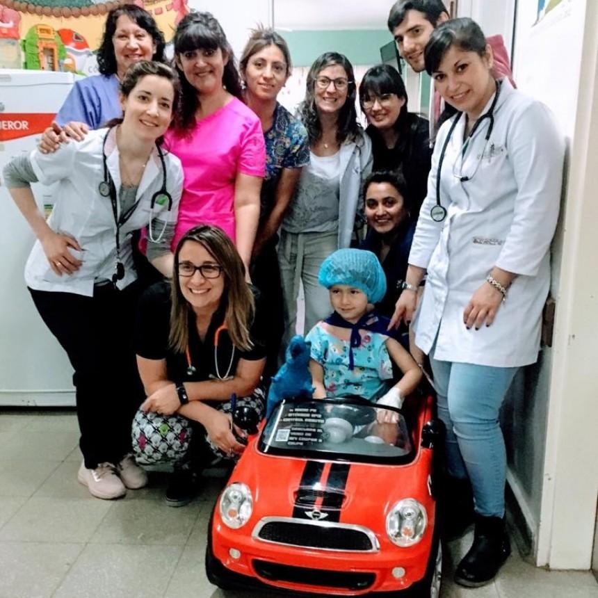 Una novedosa forma para trasladar a los más pequeños en el hospital de Cipolletti