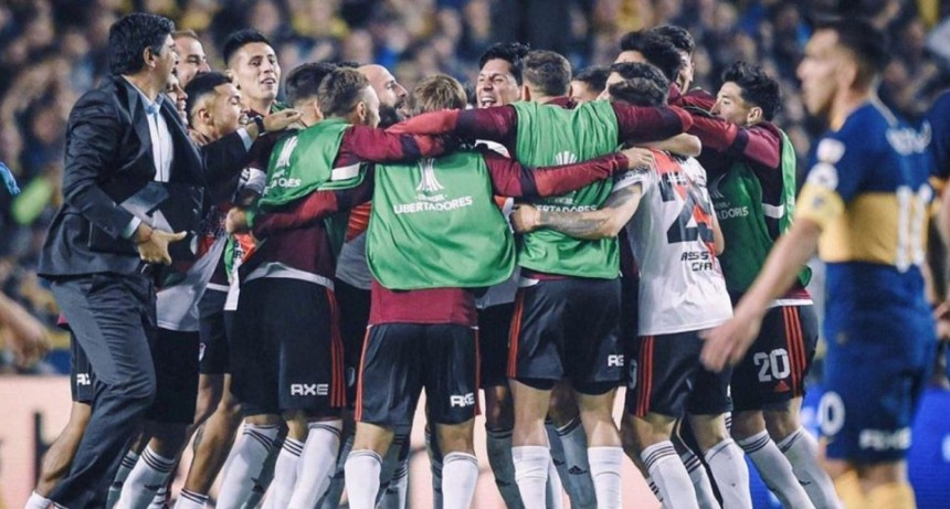 Con gol de Pinola, River le gana a Estudiantes de Caseros y avanza a la final de la Copa Argentina